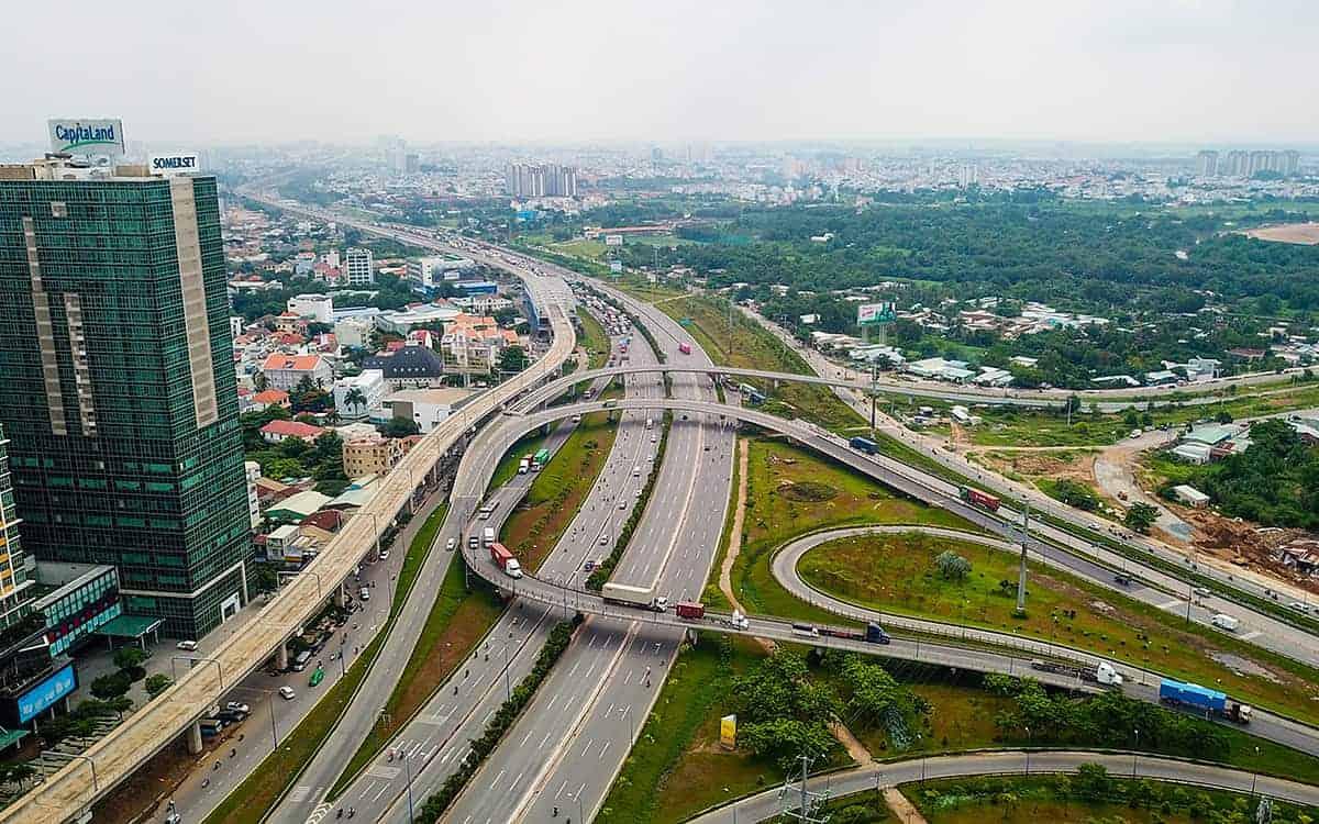 Thị trường bất động sản ven sân bay hưởng lợi khi các dự án hạ tầng giao thông quanh khu vực được dồn lực triển khai
