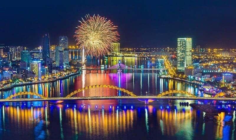 Ghi dấu ấn mạnh thị trường bất động sản Việt Nam năm 2020